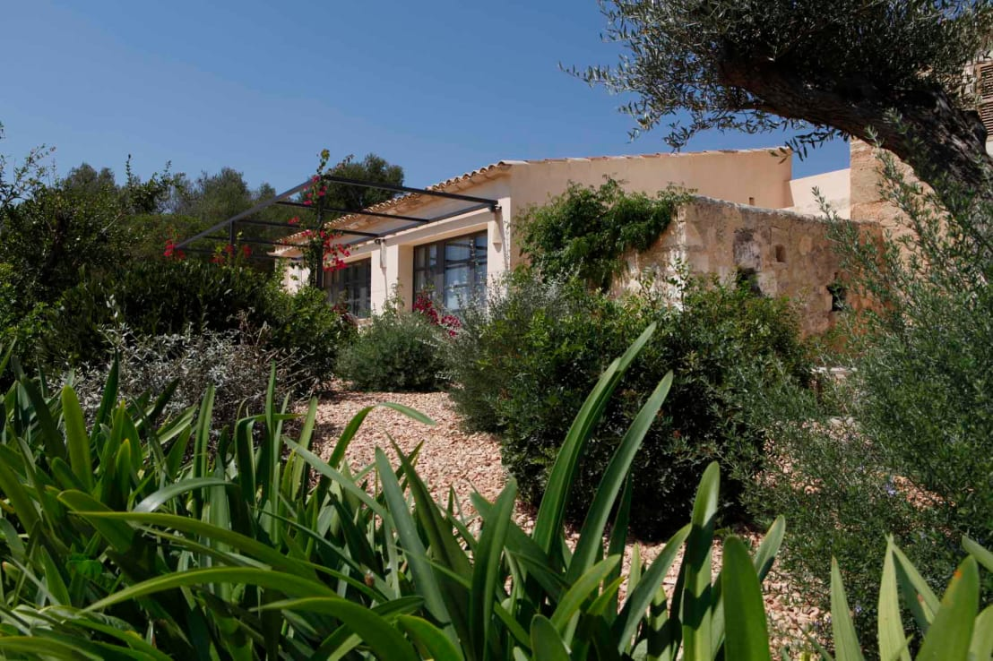 Una casa rurale fuori ma moderna dentro for Casa moderna ma calda