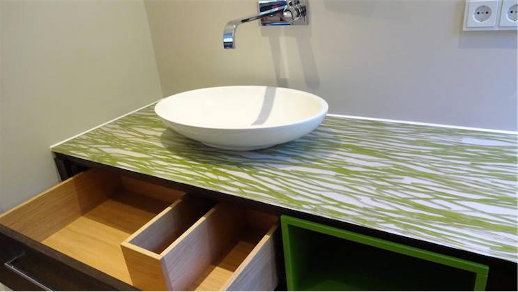 badezimmer von creativ homify. Black Bedroom Furniture Sets. Home Design Ideas