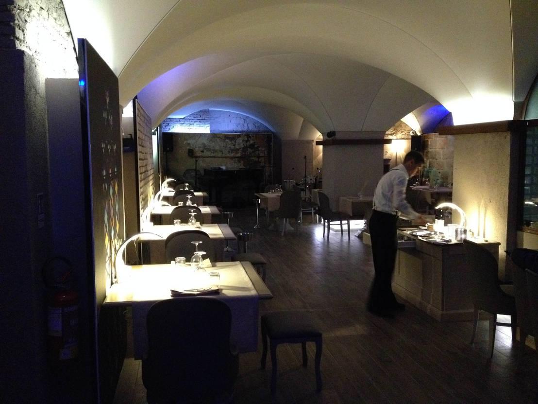 Alessio Virgili Architetto progetto ristorante - dada restaurant** di alessio virgili