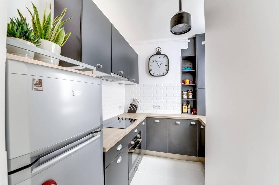 Une petite cuisine sur mesure par cuisishop homify for Stage de cuisine paris
