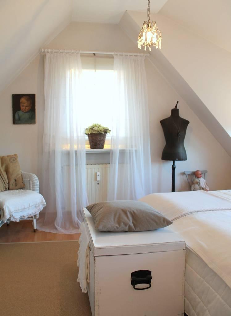 romantisches schlafzimmer update von me harmony homify. Black Bedroom Furniture Sets. Home Design Ideas