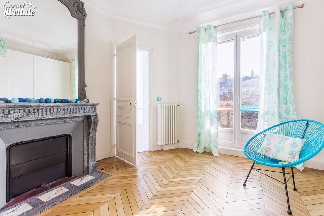 d coration d 39 une chambre d 39 enfant fille de carnets libellule homify. Black Bedroom Furniture Sets. Home Design Ideas