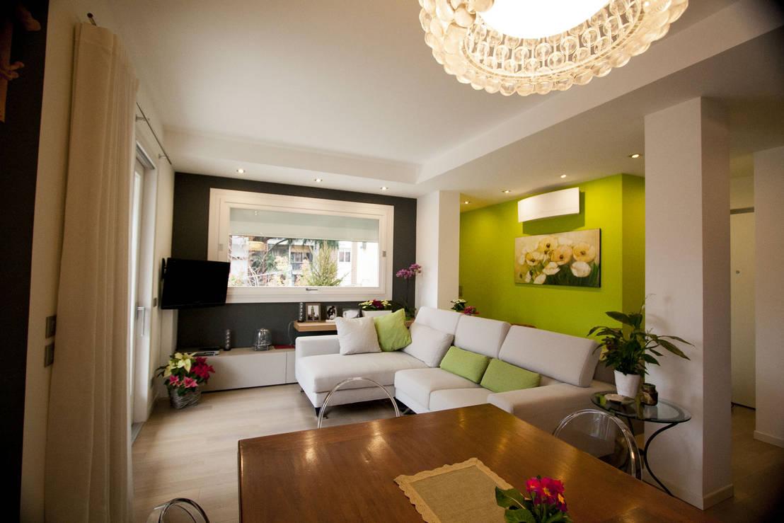 Un peque o apartamento con una moderna zona de sal n para for Decoracion de interiores zona sur