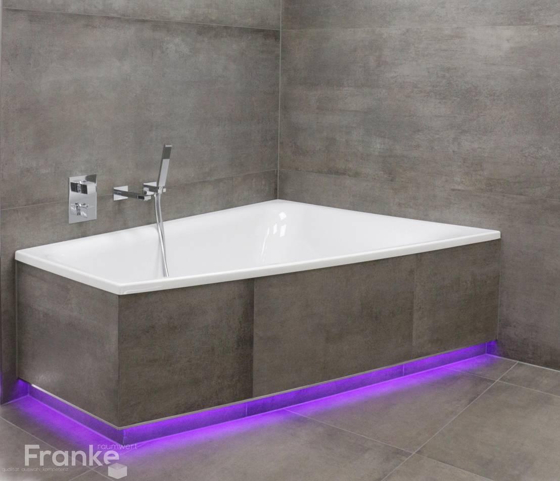betonlook im gro format mit integrierter led beleuchtung von franke raumwert homify. Black Bedroom Furniture Sets. Home Design Ideas