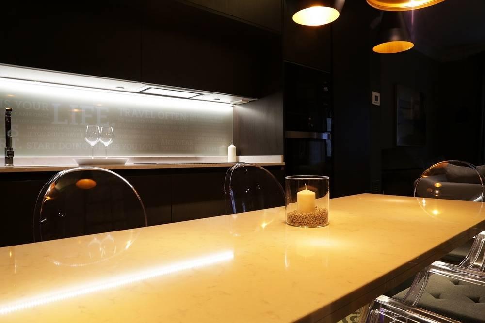 Dise o de cocina en apartamento de l nea 3 cocinas madrid for Utensilios cocina madrid