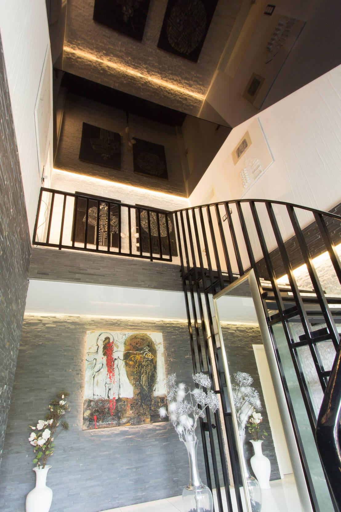 Flur treppenhaus von mettner raumdesign homify - Gestaltung treppenhaus bilder ...