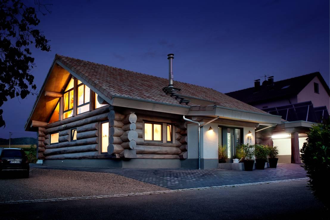 landhaus mit besonderem charme und gesundem raumklima modernes wohnen im naturstammhaus von. Black Bedroom Furniture Sets. Home Design Ideas