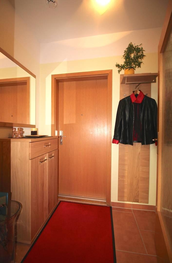 gestaltung flur diele mini diele von darr. Black Bedroom Furniture Sets. Home Design Ideas