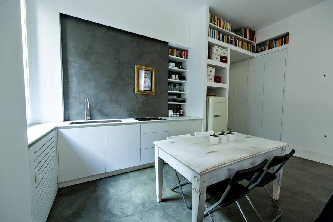 8 idee da rubare se non sai dove mettere il frigo in una cucina piccola - Dove comprare cucina ...