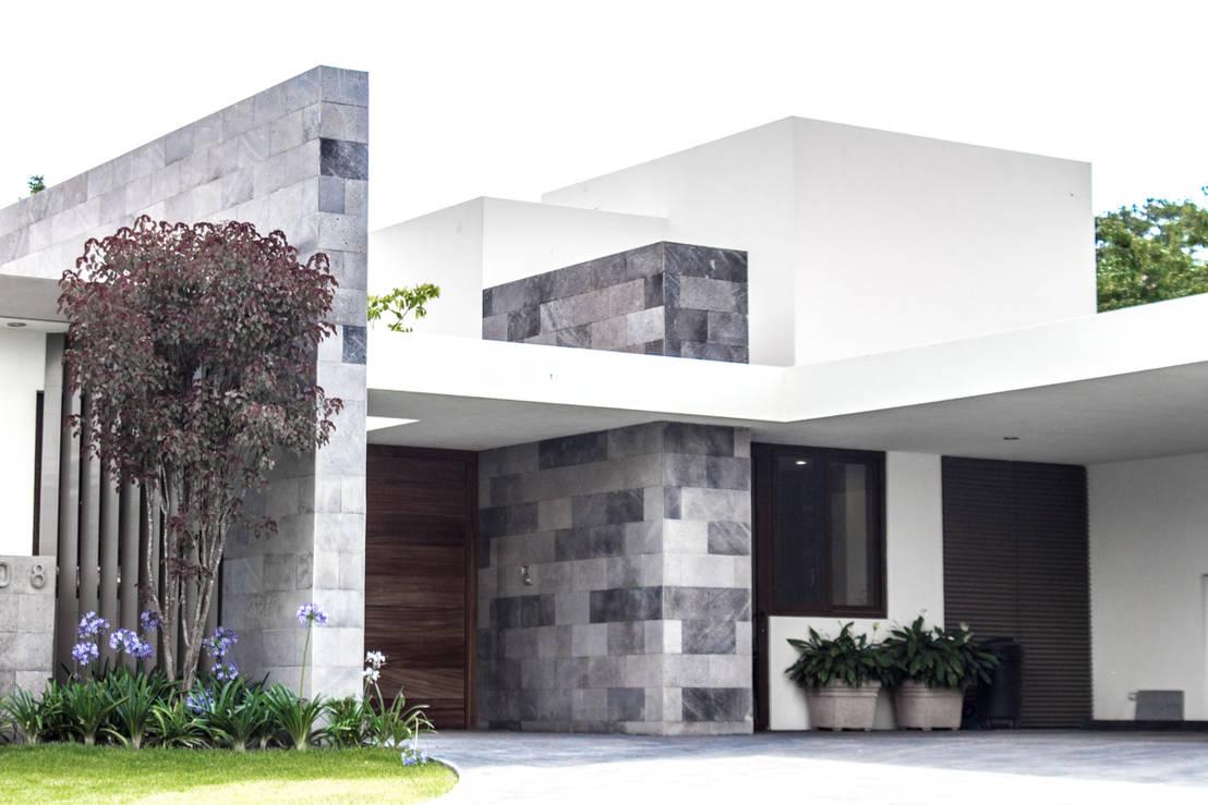45 fachadas preciosas que puedes copiar en tu casa - Ideas para fachadas de casas ...
