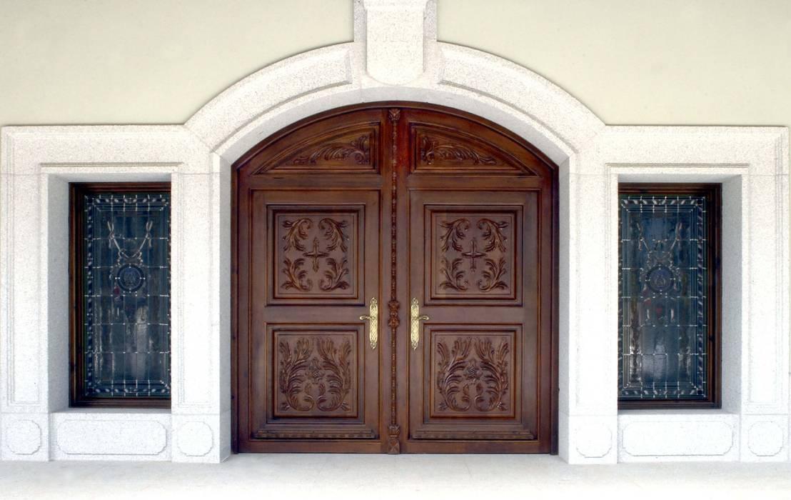 15 puertas de entrada de madera y fant sticas for Estilos de puertas de madera