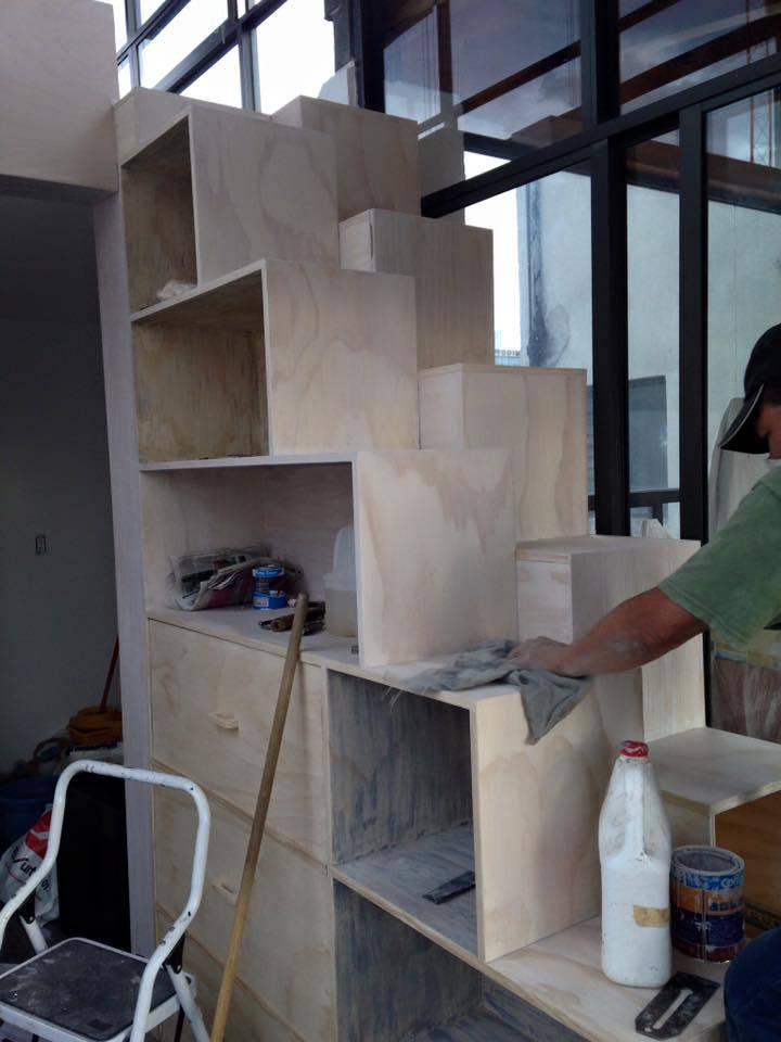 Escalera librero por l g arquitectos homify for Librero escalera