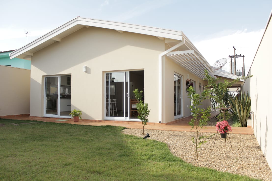 Una peque a casa llena de comodidades for Homify casas