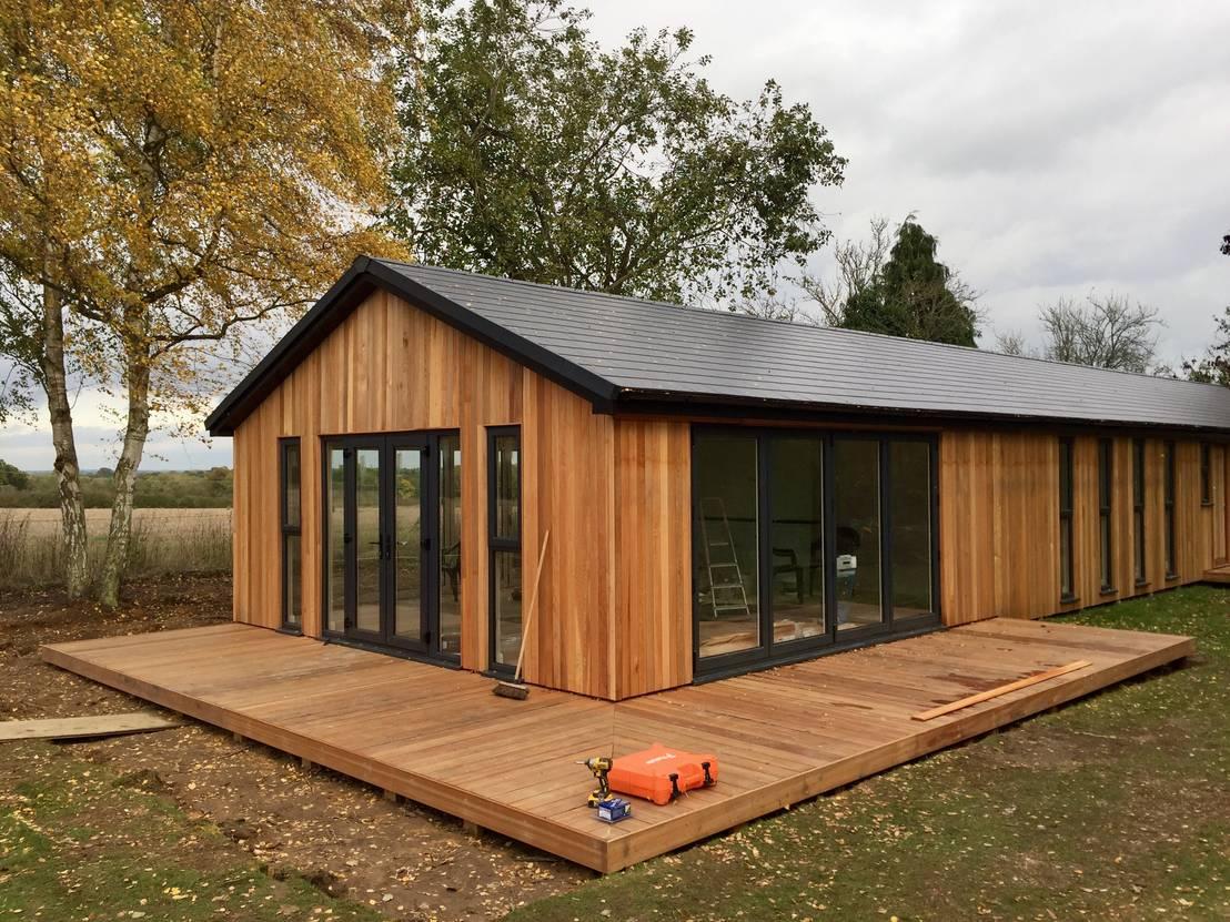 Binfield build in progress by hudson garden rooms homify for Garden rooms b q