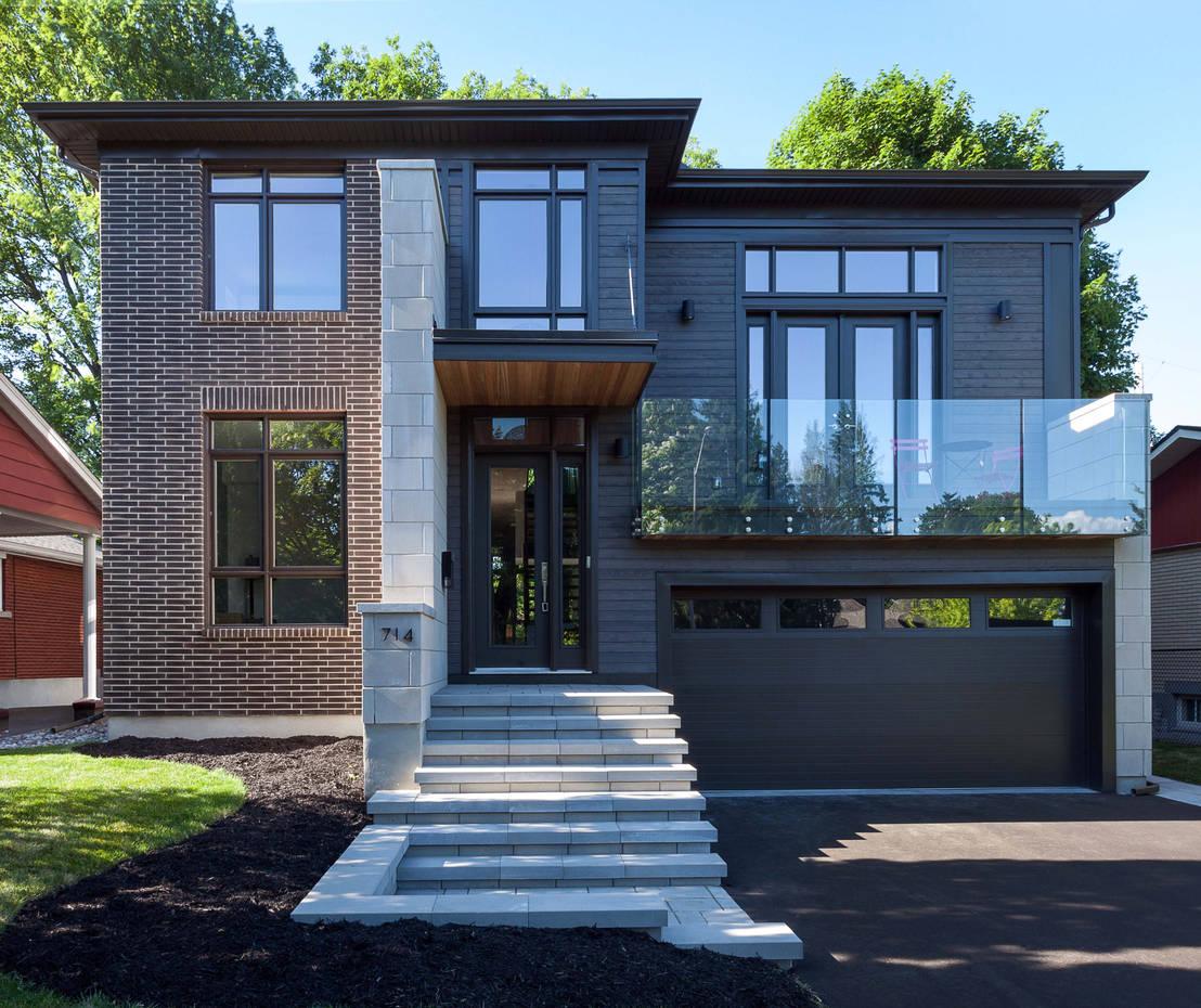 Una casa tradicional por fuera y super moderna por dentro for Casa moderna por fuera