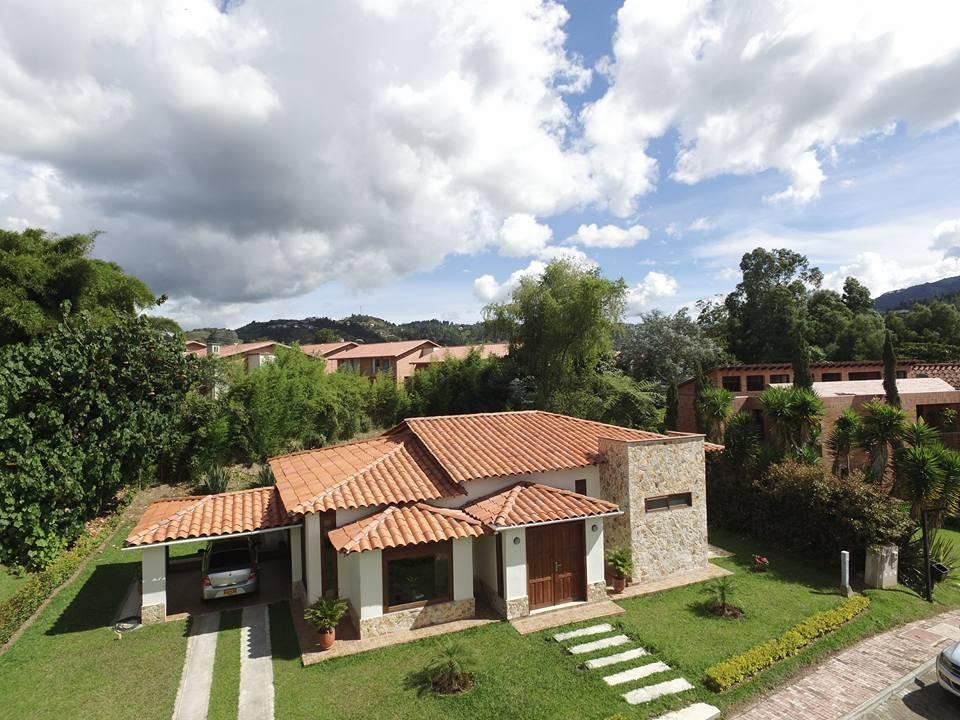 10 casas r sticas perfeitas para quem tem um terreno no campo - Casas rurales prefabricadas ...