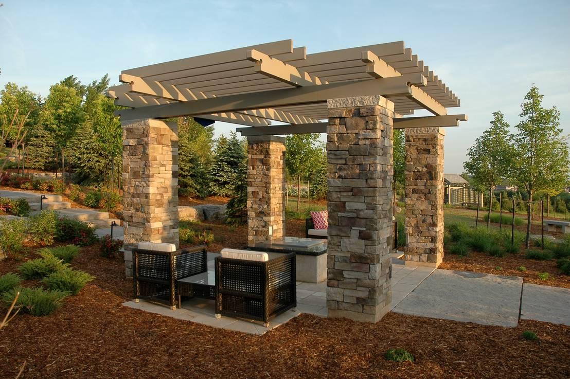 11 formas de incluir pedra no seu jardim. Black Bedroom Furniture Sets. Home Design Ideas