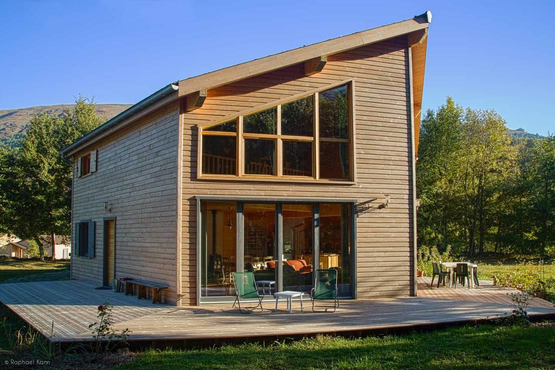 maison ossature bois pyr n es perles et castelet by falco construction bois homify. Black Bedroom Furniture Sets. Home Design Ideas