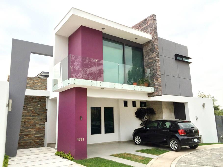 20 casas de dos pisos dise adas por arquitectos mexicanos for Casas con balcon y terraza
