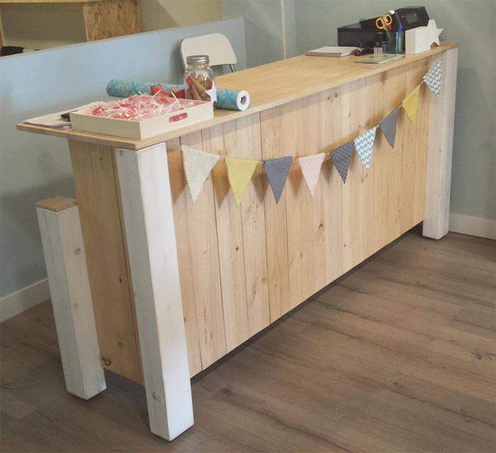 Muebles hechos de palets interesting mostrador madera de - Muebles de palets de madera ...