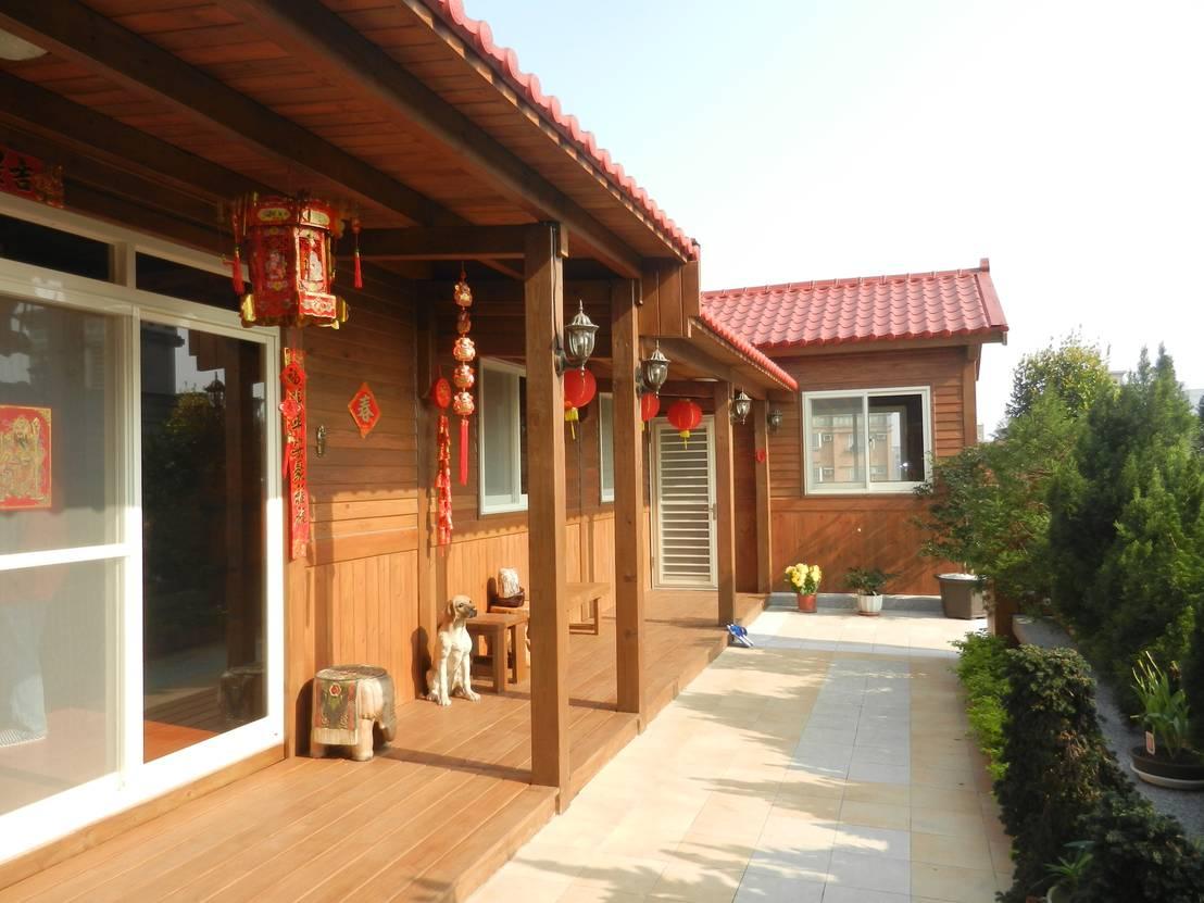 rumah kayu sederhana bergaya oriental