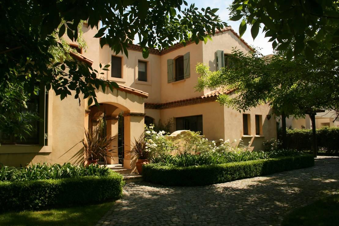 El estilo italiano de esta casa es una belleza - Casas de estilo italiano ...