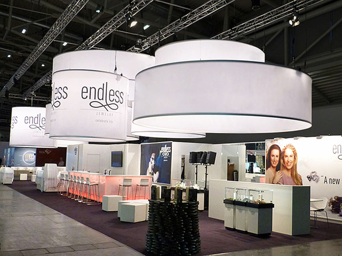 Messestand endless jewelry von sw retail interior design for Interior design messe