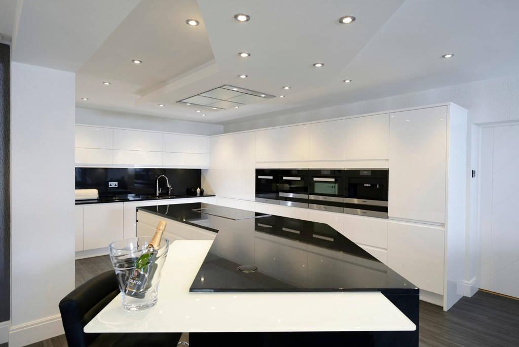 Mr mrs davidson 39 s monochrome kitchen by room homify for Kitchen 0 finance b q