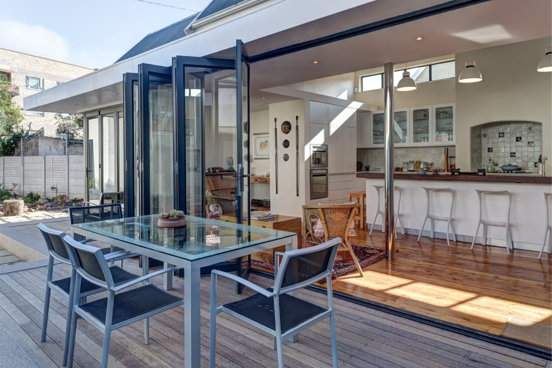 This port elizabeth house is chock a block with charm for Kitchen designs port elizabeth
