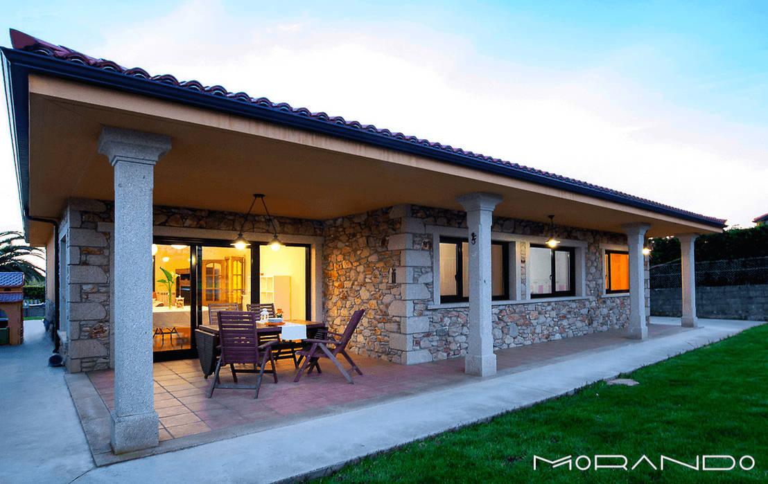 Uma casa r stica num s piso magn fica for Casas modernas revestidas en piedra