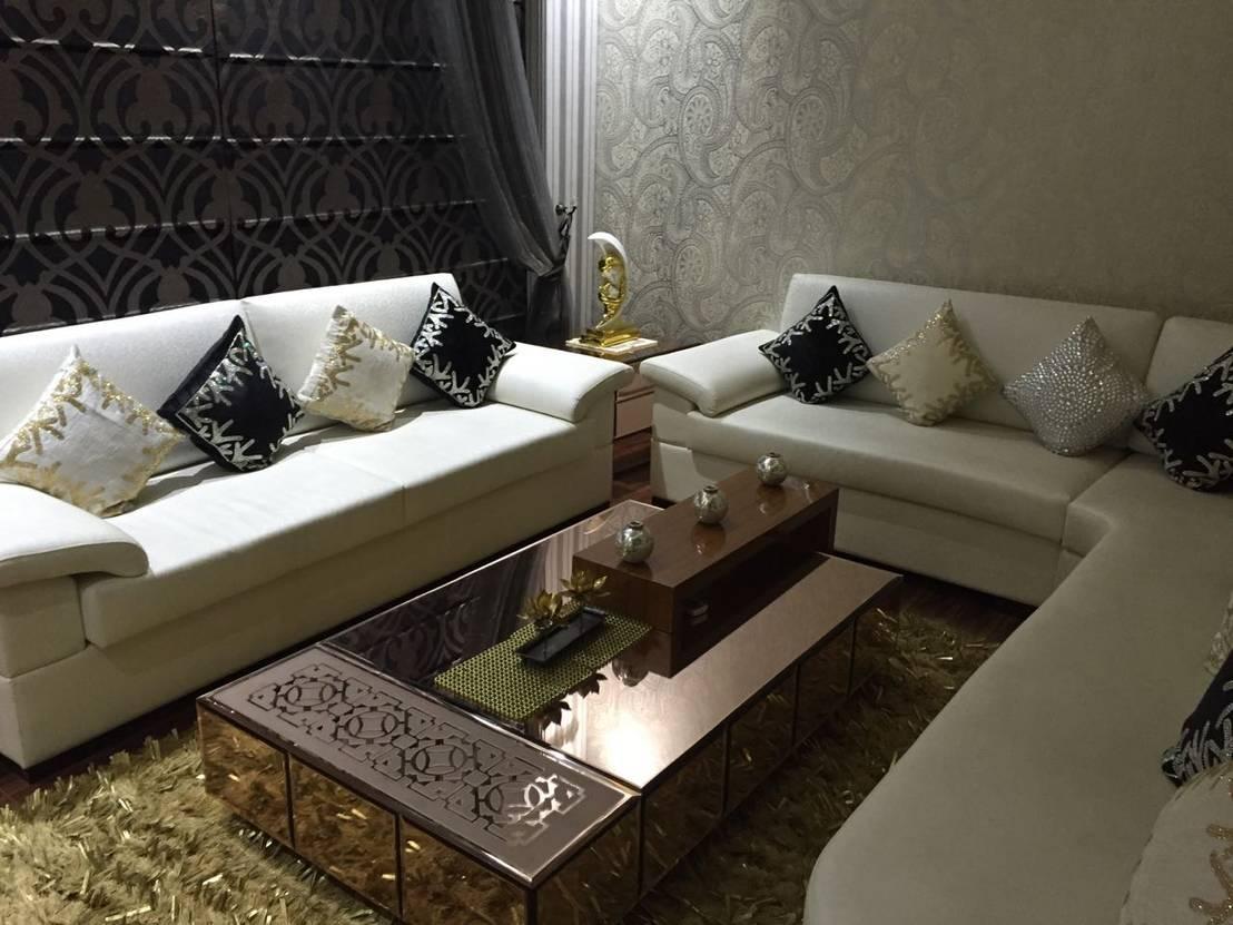 Living Room By Avant Garde Design Homify