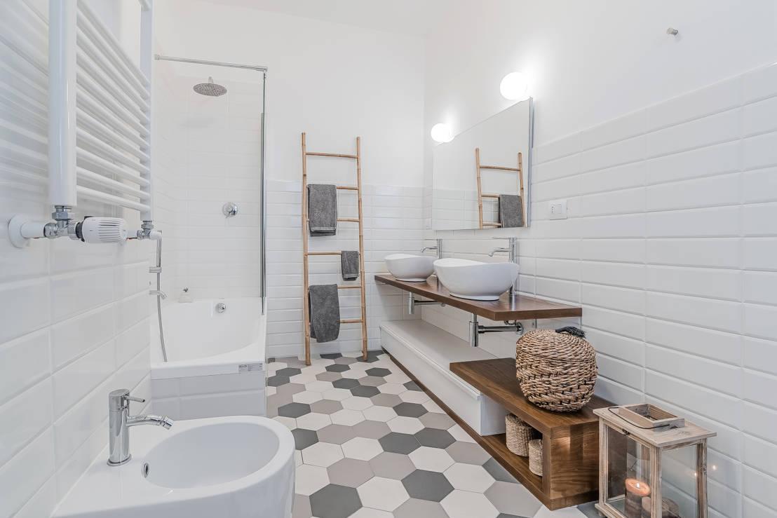6 consigli per chi vuole rinnovare il bagno e spendere poco for Tutto per il bagno