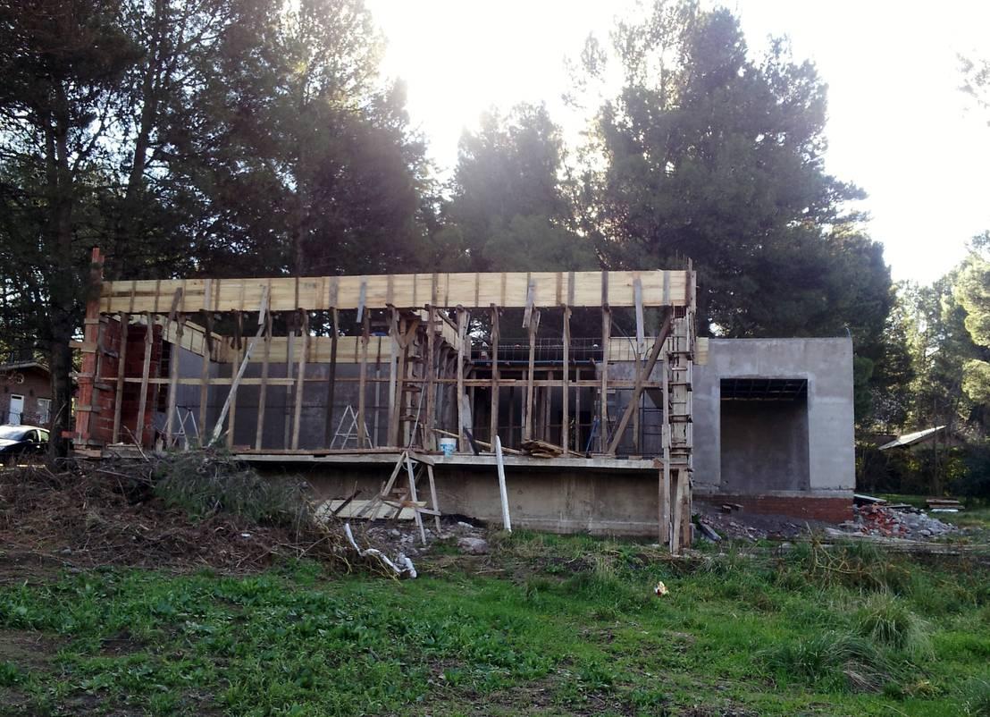 Una casa incre ble en sierra de la ventana for Ventanas hacia el vecino argentina