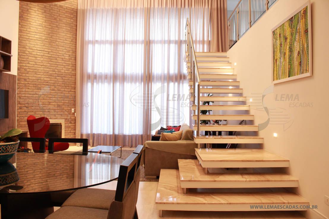 Escada autoportante alpen haus de lema escadas homify - Escaleras para duplex ...