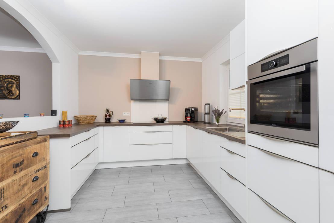 Einbauküche/ Küche von ASADA Schiebetüren und Möbel nach Maß ...