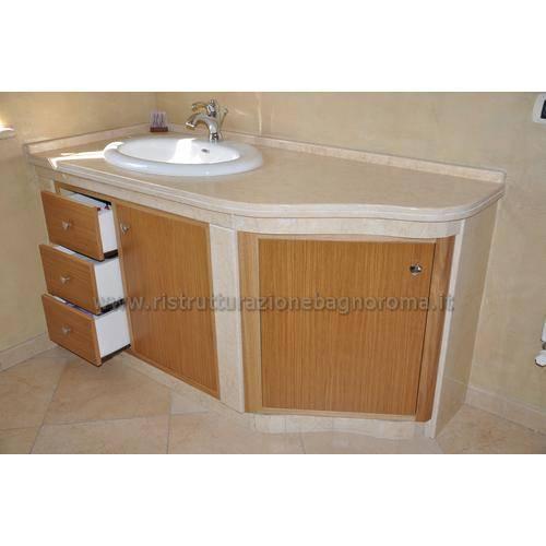 https://images.homify.com/images/a_0,c_fit,f_auto,q_auto,w_1108/v1518449801/p/photo/image/2433307/lavabo-in-muratura/foto-di-bagno-in-stile-classico-di-ristrutturazione-bagno-roma.jpg