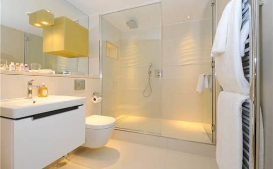 Impressive Walk-in Showers: 11 Beautiful Designs