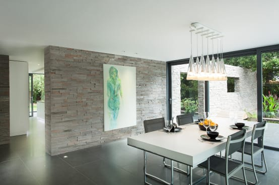 10 Ideas for decorating your walls with stones