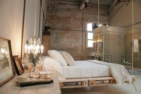 Letto Di Pallets : Idee sensazionali per una camera da letto con i pallet