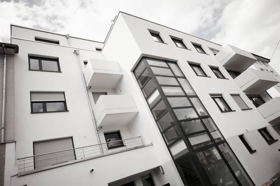 modernes penthouse in k ln. Black Bedroom Furniture Sets. Home Design Ideas
