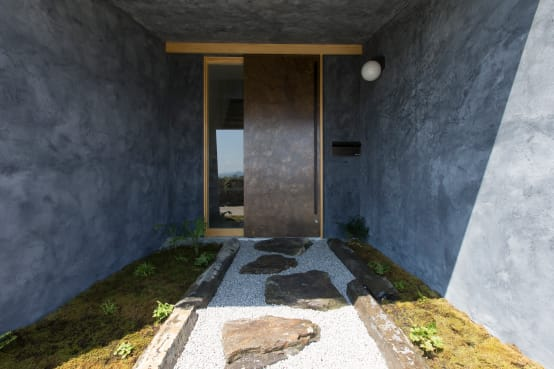 An intriguing Japanese home
