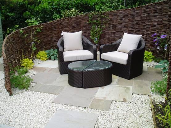 18 sch ne g rten und terrassen ohne rasen. Black Bedroom Furniture Sets. Home Design Ideas
