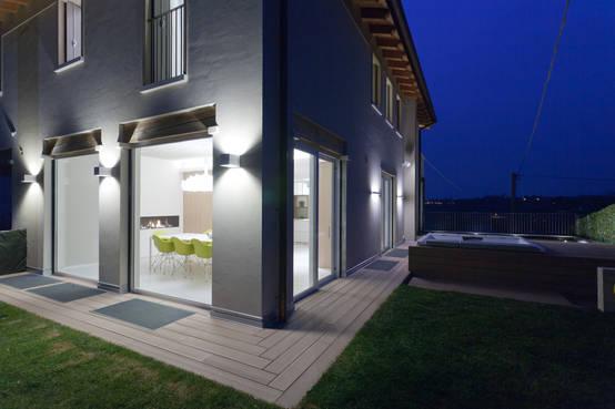 Illuminazione esterna ville moderne illuminazione per esterni