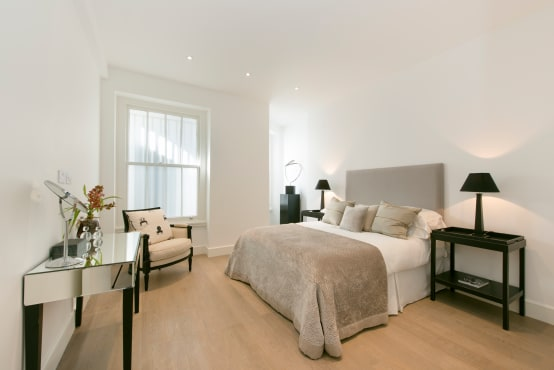 Mid-century modern bedrooms
