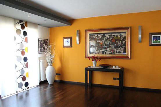 7 modi per rendere pi attraente un muro vuoto for Pareti colorate soggiorno esempi