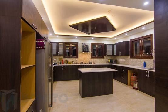 7 sleek kitchen designs for indian homes for Sleek kitchen design ideas