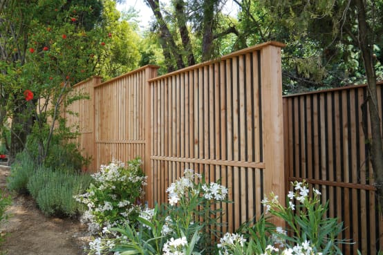 Steccato Per Giardino In Pvc : 25 tipi di recinzioni e muri per il tuo giardino