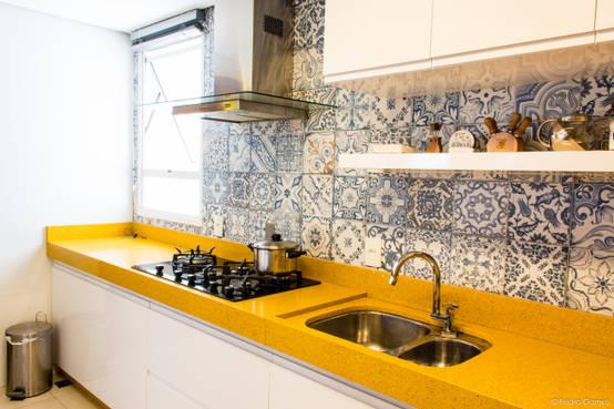 Como limpar os azulejos da cozinha
