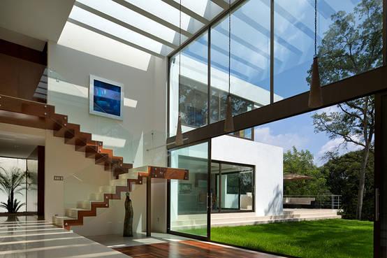 10 ventanales para casas modernas for Casa de arquitecto moderno