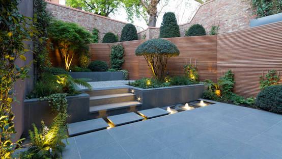 19 ideas para lograr un patio o jard n espectacular for Plantas decoradas con piedras